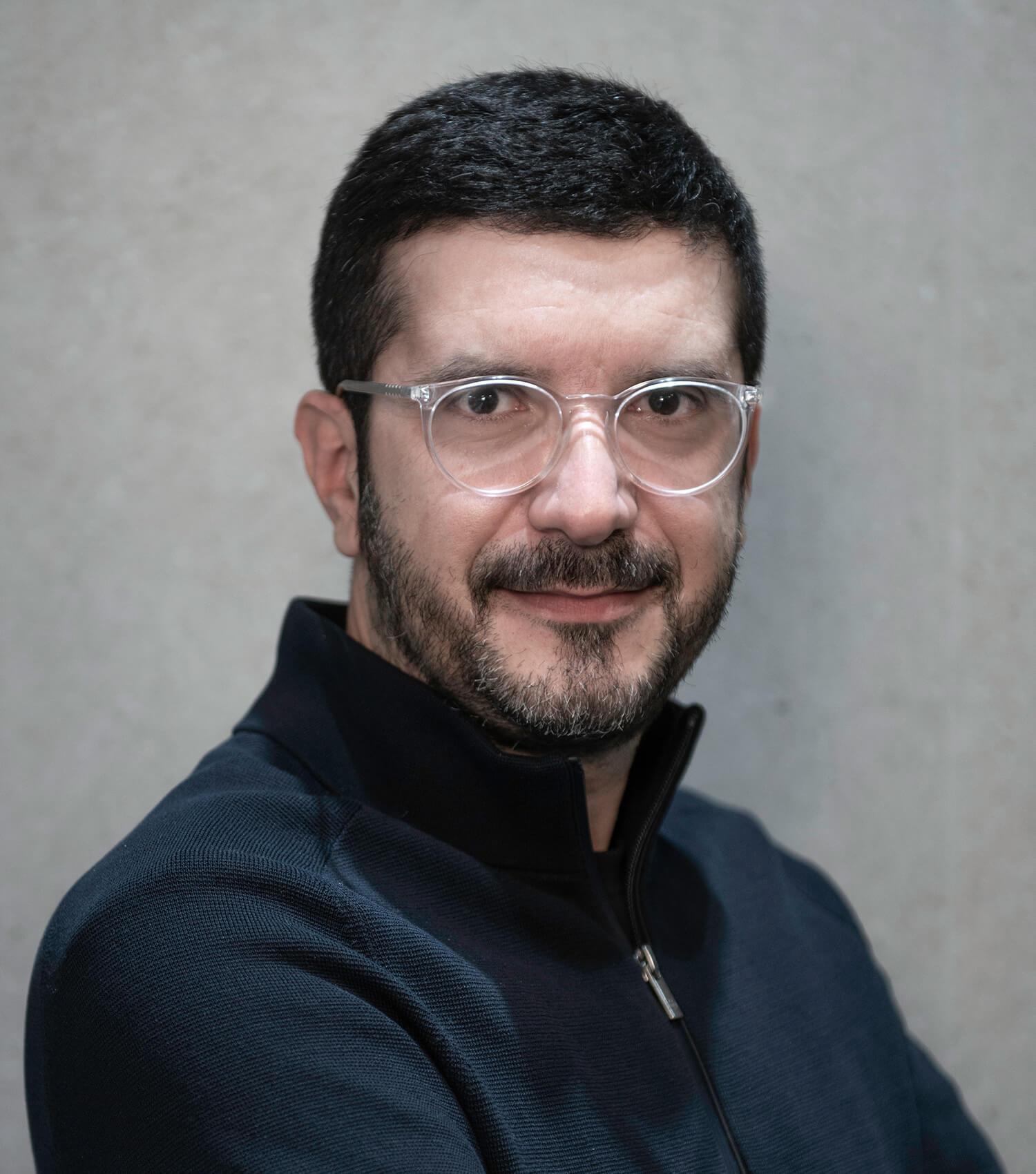 Βασίλης Μαθιουδάκης - Δημιουργική ΕΠΕ
